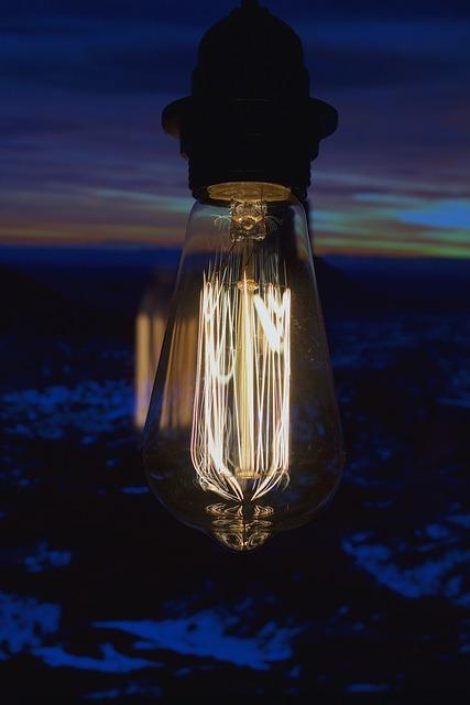 Light Bulb, Filament, Vintage Lamp, Close Up