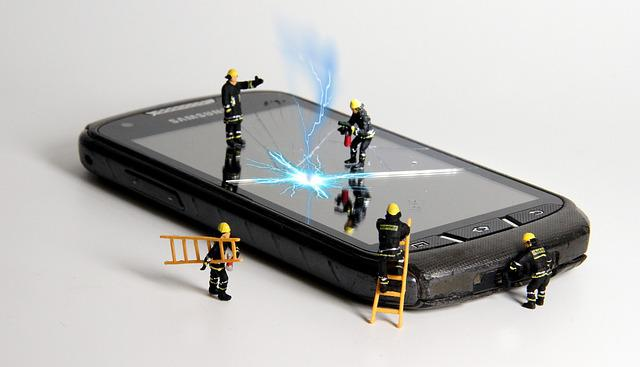 Smartphone, Fire, Miniature Figures, Repair, Flash
