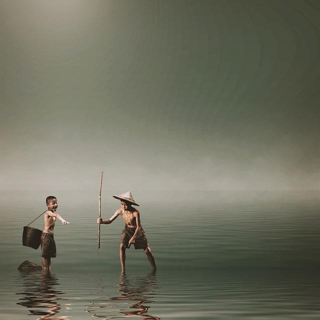 Boys, Fishing, Spear, Water, Vietnamese, Catch