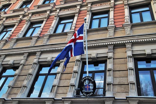 Kamienica, Helsinki, Embassy, Iceland, The Window, Flag