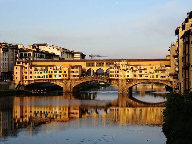 Florence, Ponte Vecchio, Arno, Italy