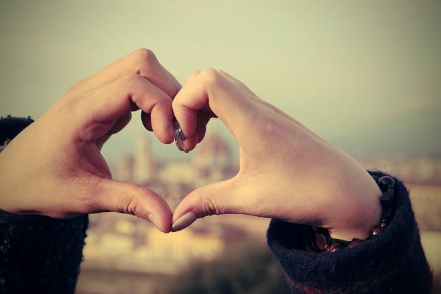 Florence, Hart, Lovers, Hand, Honeymoon, Love