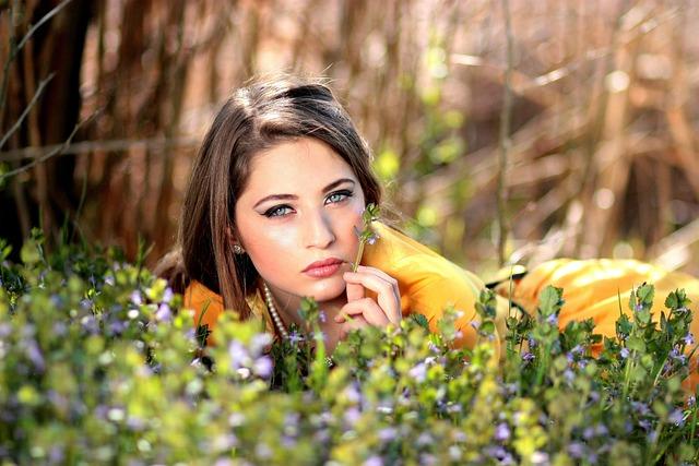 Girl, Blue Eyes, Seductive, Flowers, Blonde, Beauty