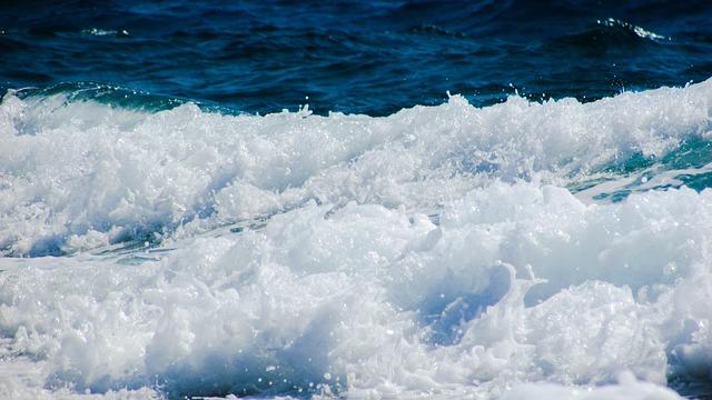 Wave, Spray, Foam, Sea, Splash, Nature, Scenic