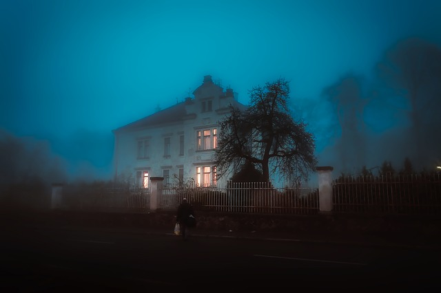 House, Home, Mansion, Spooky, Eerie, Scary, Fog, Lights