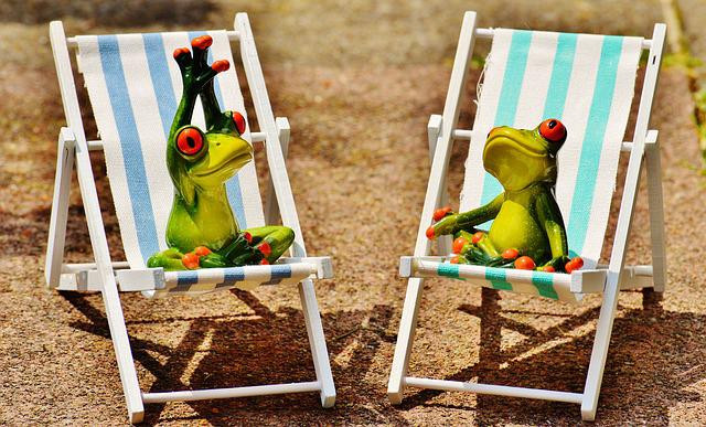 Sun Loungers, Beach, Font, Frogs, Figures, Summer, Sun