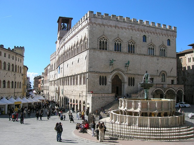 Perugia, Italy, Piazza, City, Road, Fontana