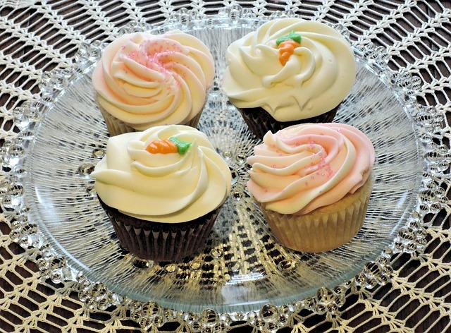 Cupcakes, Frosting, Carrot Cake, Sponge, Food, Sweet