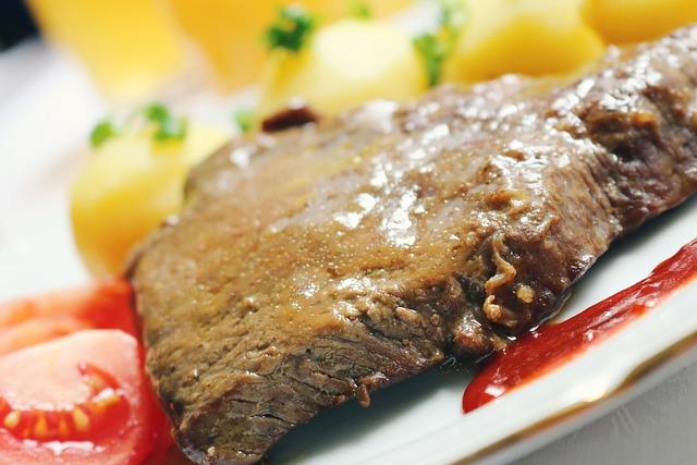 Meat, Roast Beef, Gravy, Potatoes, Tomatoes, Food