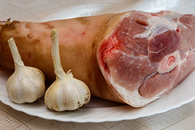 Meat, Pork, Knuckle, Pork Leg, Pig, Garlic, Food, Fresh