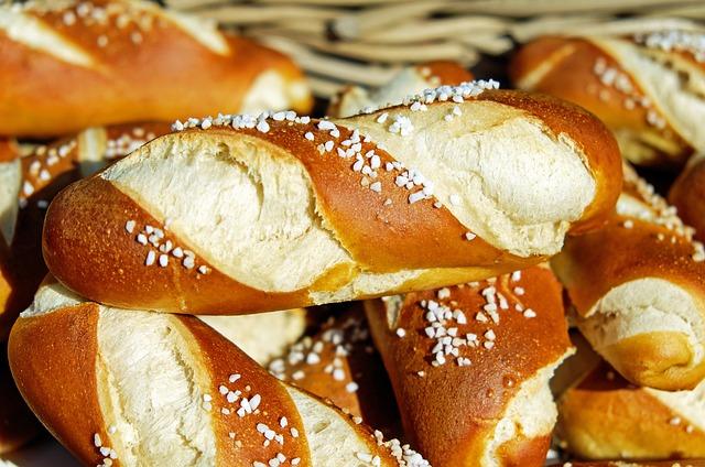 Pretzels, Fritters, Baked Goods, Food, Bavarian, Bread