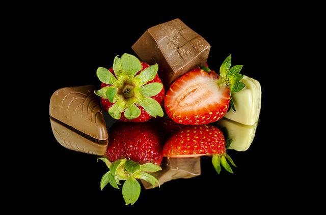 Strawberries, Chocolate, Food, Sweet, Strawberry, Fruit