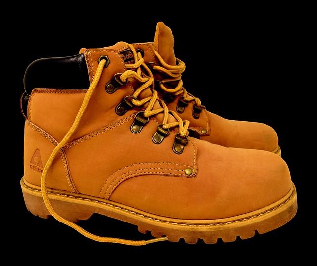 Footwear, Clothing, Leather, Foot, Fashion