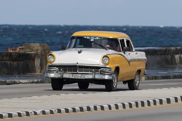 Cuba, Habana, Malecón, Car, Classic, Automobile, Ford