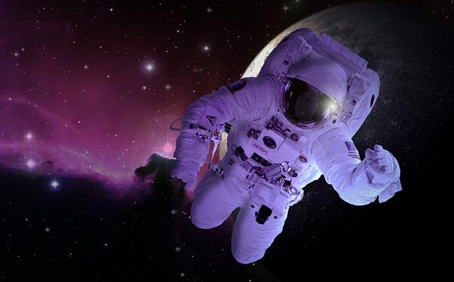 Moon, Astronaut, Astronomy, Forward, Space Travel