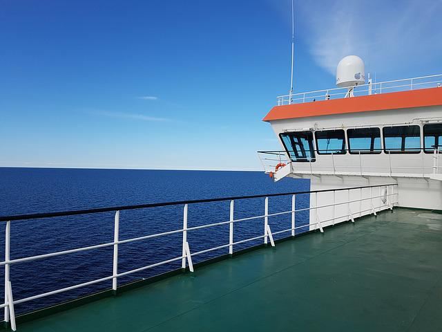 Voyage, Freighter, Ship Bridge, On Lake, Frachtschiff