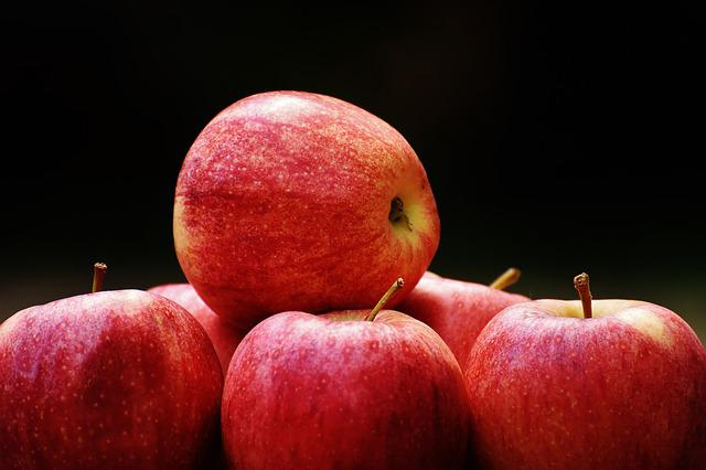 Apple, Red, Delicious, Fruit, Ripe, Red Apple, Fresh