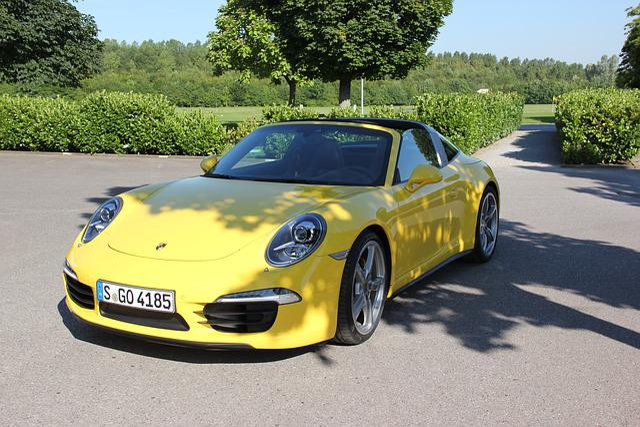 Porsche 911 Targa 4, Sports Car, Front, Yellow