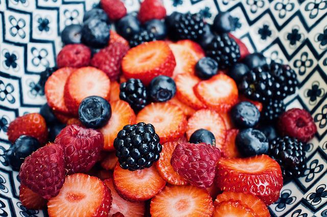 Fruit, Fresh Fruit, Strawberries, Blueberries