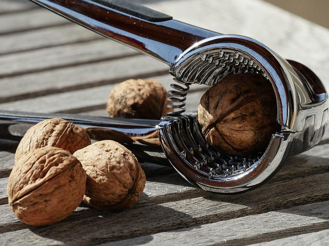 Nutcracker, Walnuts, Pliers, Fruit Bowl, Nuts, Crack