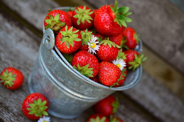 Strawberries, Fruit, Delicious, Food, Eat, Berries