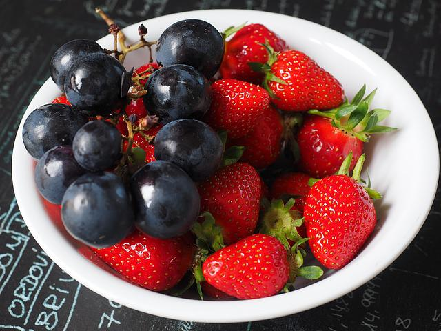 Fruit Plate, Grapes, Strawberries, Fruit, Healthy