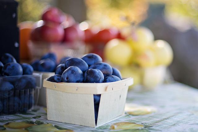 Fruit, Plums, Fruit Market, Farmer's Market, Food