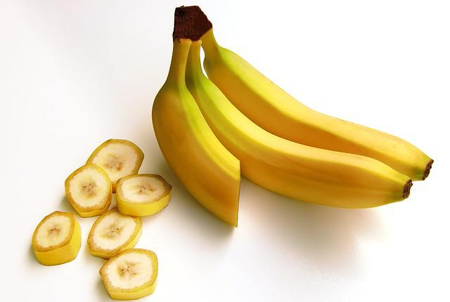 Bananas, Fruit, Carbohydrates, Sweet, Yellow