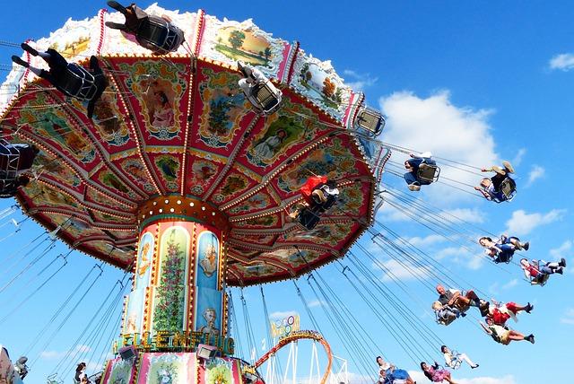 Chain Carousel, Flying, Aviator Carousel, Fun