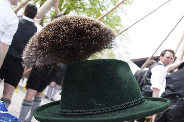Gamsbart, Gaemsbart, Costume, Hat Decoration, Man