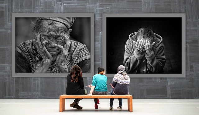 Gallery, Women, Images, Despair, Old People, Sad, Issue