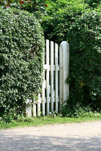 Garden Gate, Holiday House, Vacation, Hedge
