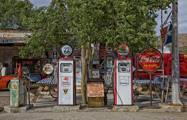 Free photo Petrol-bowser Gas-station Fuel-bowser Fuel
