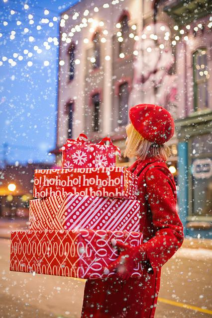 Christmas, Presents, Gifts, Carrying, Woman, Holiday