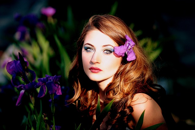 Girl, Mov, Flowers, Iris, Blue Eyes, Blonde, Beauty