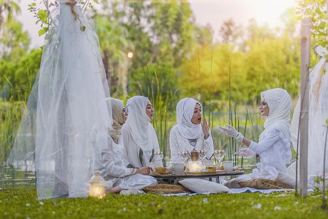 White, Tableware, Photographer, Photo, Harem, Girls