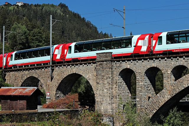 Glacier Express, Switzerland, Graubünden, Alpine