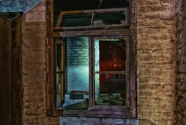 Lost Places, Weird, Window, Shard, Glass, Ruin, Creepy