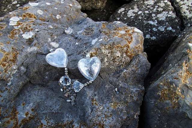 Rock, Stone, Pendant, Hearts, Glass, Glow, Nature
