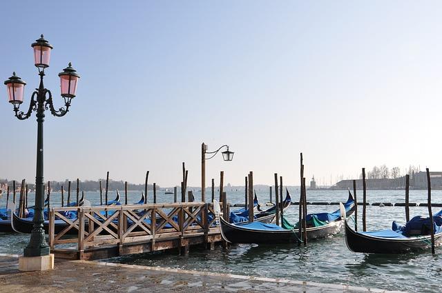 Venice, Glimpse, Gondolas