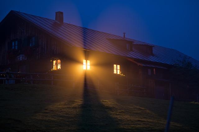 Window, Fog, House, Cabin, God Rays, Windows 10, Night