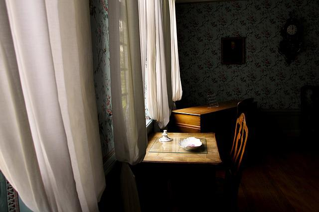 Window, Desk, Goethe House, Room