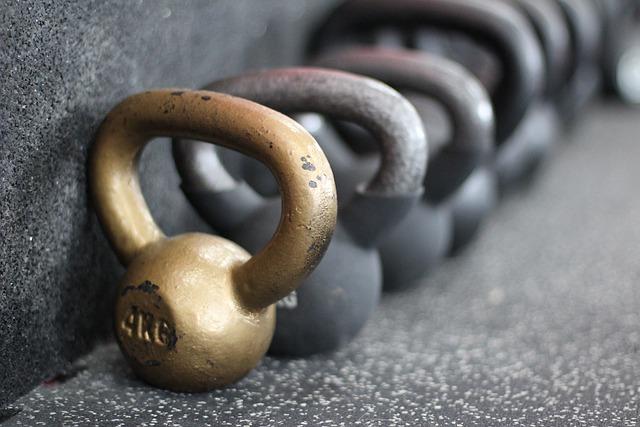 Dumbbells, Black, Gold, 4 Kilo, Weight, Kilo