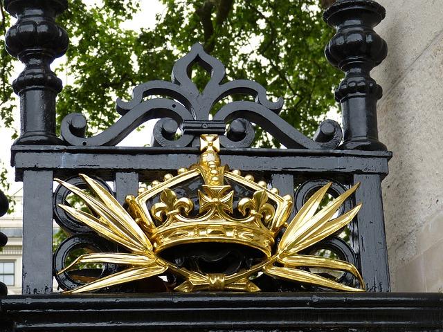 Crown, Goal, Golden, England, United Kingdom, London