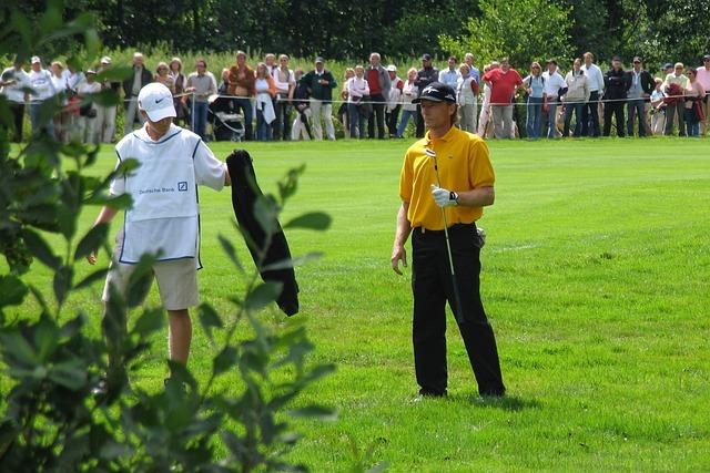 Bernard Long, Professional Golf, Golfers, Golf Course