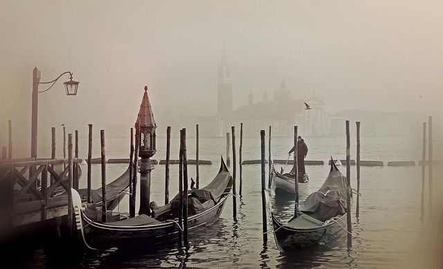 Gondola, Canal, Fog, Mist, Waterway, Channel