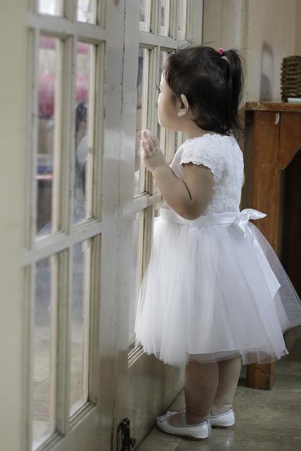 Goodbye, Rainy Day, Wedding Reception, Girl