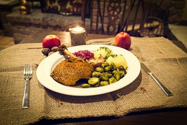 Roast Goose, Goose, Christmas Food, Dine, Eat