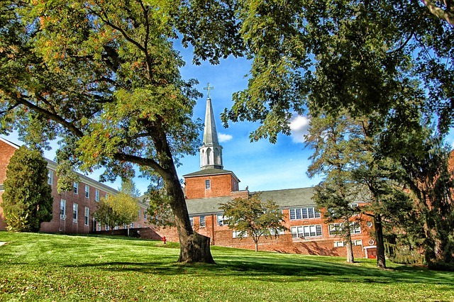 Hamilton, Massachusetts, Gordon Conway Seminary