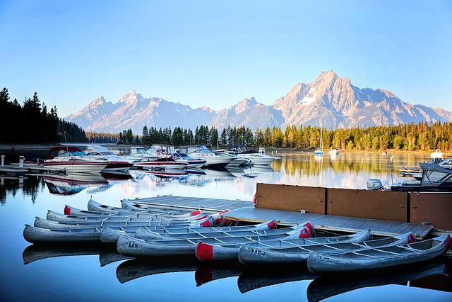 Grand Tetons, Kayaks, Boats, Lake, Reflections